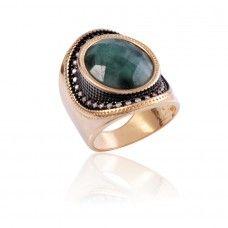 Anel Esmeralda Oval - Anel clássico em esmeralda facetada - Exclusividade Dezeus Joias
