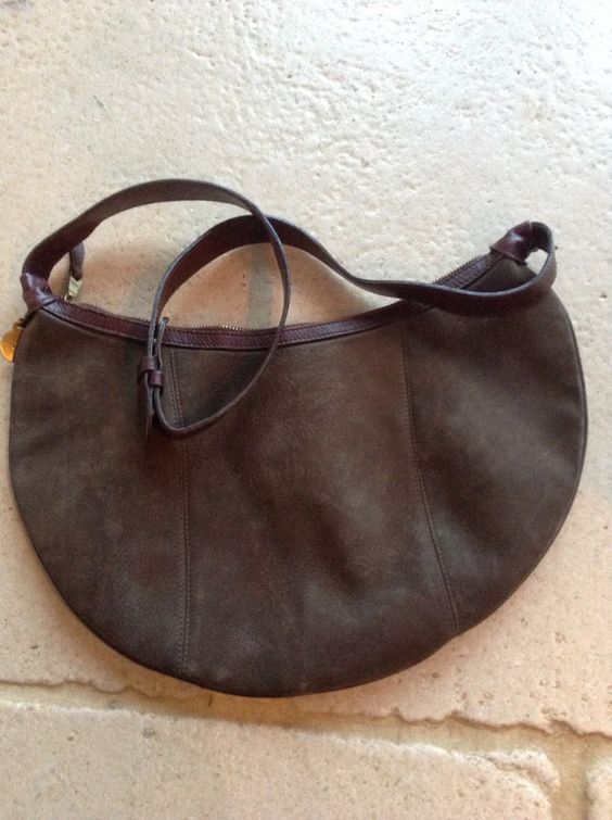 Mulberry, Made in England, Brown Nubuck Leather Bag by VintageJohanna on Etsy https://www.etsy.com/listing/257816413/mulberry-made-in-england-brown-nubuck £150