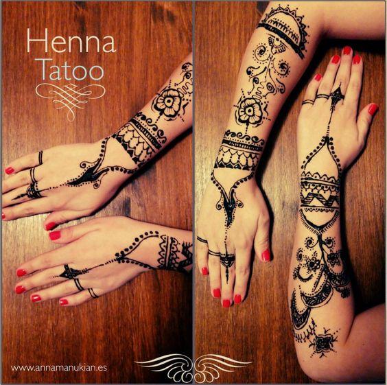 Tatuaje de Henna en las manos Henna Tatoo Pinterest