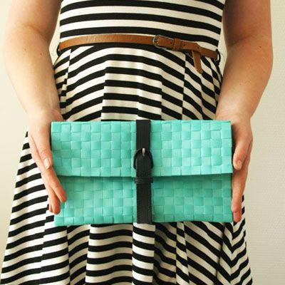 DIY – The easiest no-sew clutch
