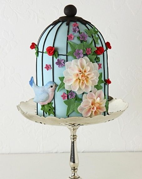 Bird Cage Cake, too bad my girls are getting too old to convince that they want me to make this cake for them... lol