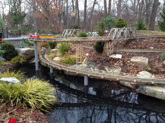 garden railroads DASH Family Tour of the Atlanta Botanical