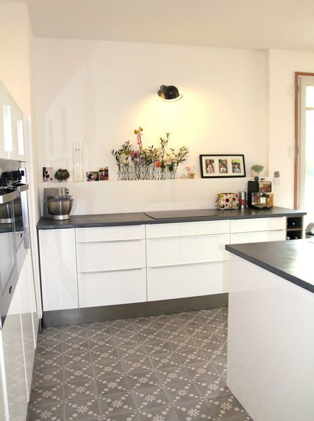 Carreaux couleurs mati re plan de travail b ton cir mercadier par barnab aime le caf - Matiere van plan de travail cuisine ...