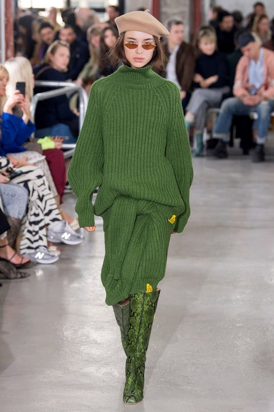 Aalto Fall 2019 Ready-to-Wear collection, runway looks, beauty, models, and reviews.