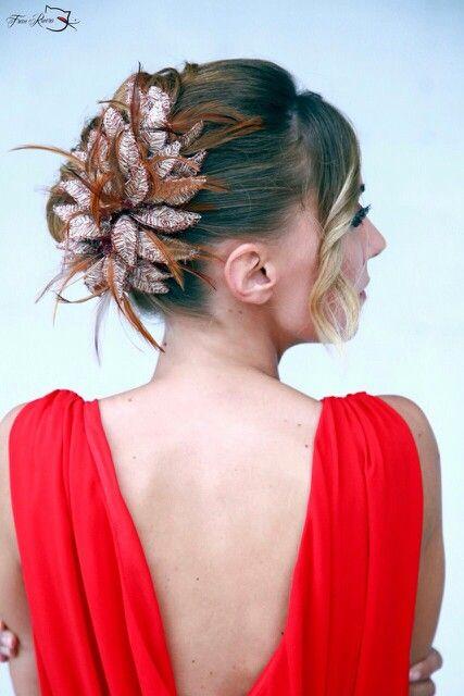 Bordado hilo de cobre y plumas