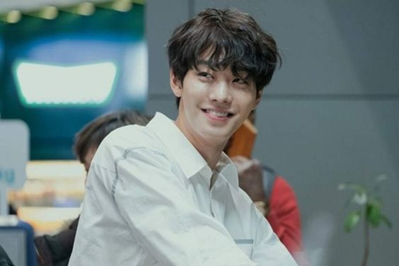 "Ahn Hyo Seop Is A Man With A New Face In Upcoming Fantasy Drama ""Abyss"""