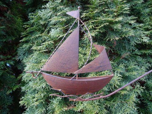 Windspiel Segelboot Aus Metall Schiff Boot Gartenstecker Glaskugel Gartendeko Glaskugel Windspiele Segelboot