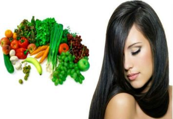 Fruits and vegetables for a healthy summer hair