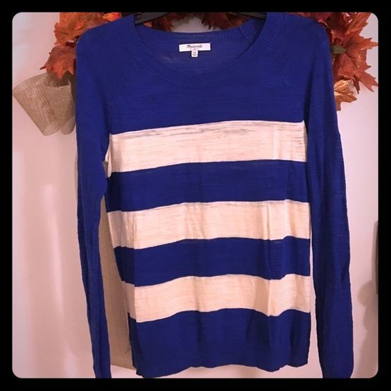 Madewell block striped sweater Blue and cream color blocked sweater. Very lightweight. Great for transitioning weather Madewell Sweaters Crew & Scoop Necks