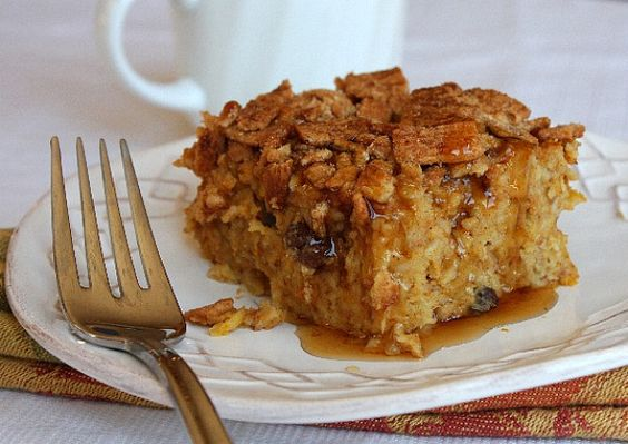 baked pumpkin pie oatmeal with crunchy cinnamon crumbles