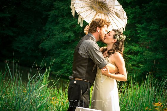 Lauren and Red: Wed Photos by AGPcollective #diywedding #alternative #weddingphotographer