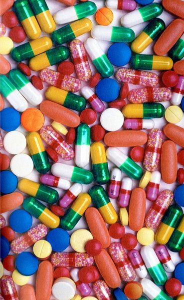 Colorful pills Carefully selected by @Gorgonia www.gorgonia.it