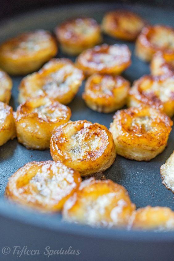 Caramelized Honey Bananas Recipe with Cinnamon @Fifteen Spatulas | Joanne Ozug