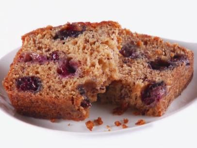 Giada's 5-Star Blueberry Banana Bread