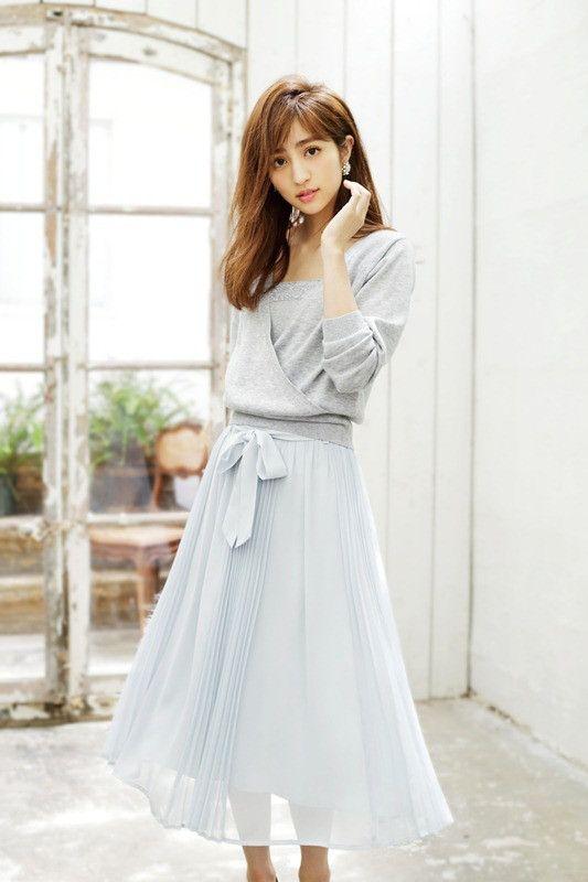 ドレスの堀田茜