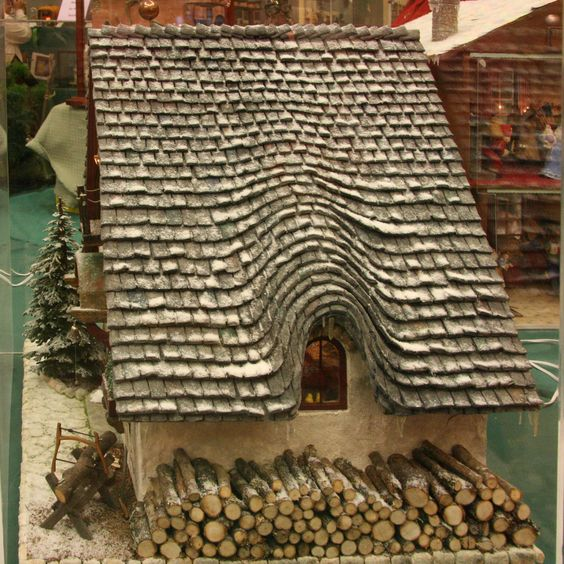 Gingerbread roof ideas and gingerbread houses on pinterest for Chocolate gingerbread twigs