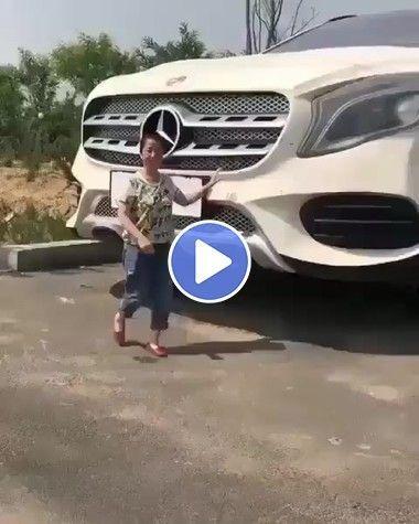 Olha o tamanho desce carro.