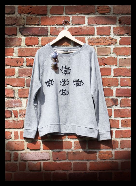 "http://owlfaitmain.canalblog.com/ • Broderie sweat-shirt ""t'as de beaux yeux tu sais !"" •"
