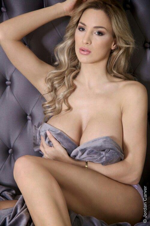Braless breast monobikini tit topless