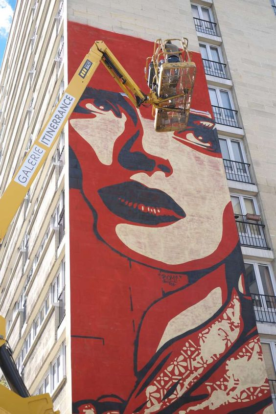 Shepard Fairey dropped by in Paris Yesterday! W00T! Gorgeous piece!