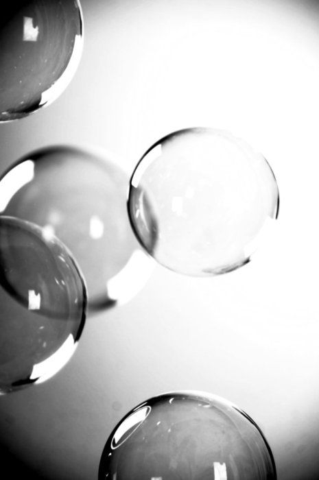 Study of the darkness and lightness of bubbles for drawing Silver blonde | The magic of bubbles.: