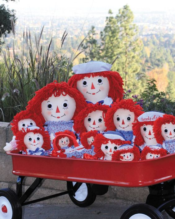 Raggedy Ann and Andys