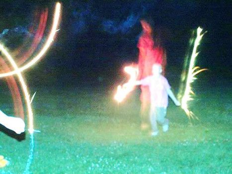 Ohio child battling cancer photographed with ghostly figure