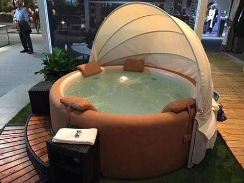 Dieses Baldachin Softub Baldachin Dieses Softub Hot Tub Garden Pool Hot Tub Hot Tub Backyard