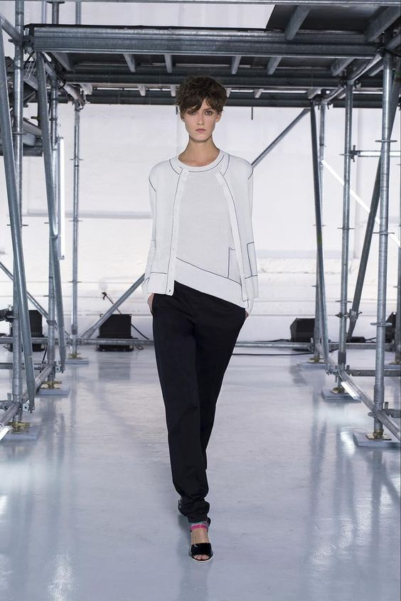 Sonia by Sonia Rykiel Spring 2015 Ready-to-Wear - Collection - Gallery - Look 1 - Style.comTWIN SET