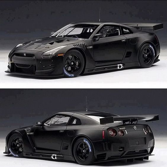 Black Night Nissan GT-R for Gareth if we ever win the lottery
