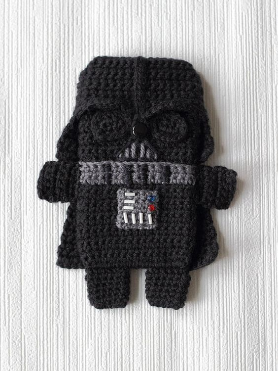 Pattern of darth vadar crochet iphone case on etsy ...