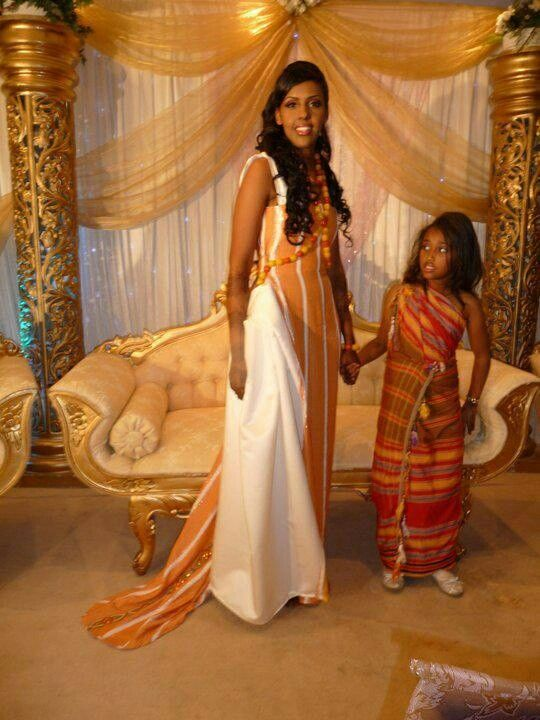gorgeous somali wedding dress traditional table