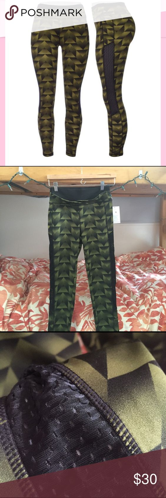 Geometric Patterned Active Leggings Really cute but too big on me as a size 0. size small, runs TTS. Lightweight stretchy material with jersey mesh paneling on the sides. High waisted and slightly cropped. 27 inch inseam. Never worn! Tagged Nike for exposure, brand is Popfit. Can bundle these with the other pair listed in closet for $45! Nike Pants Leggings