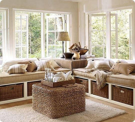 daybeds in sun rooms... + wicker!
