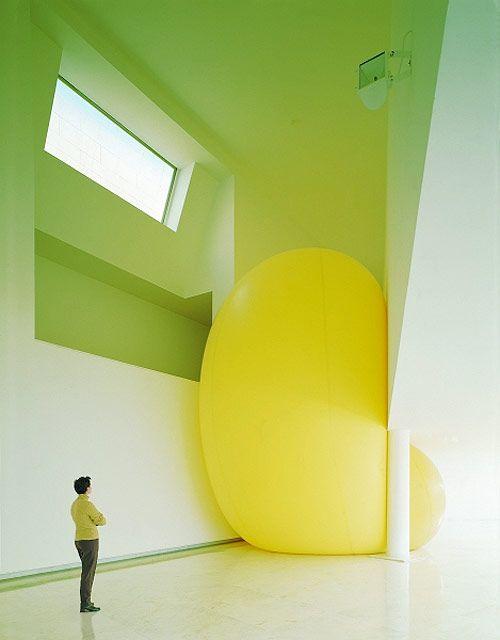 by Hans Hemmert: Giant Balloons, Yellow Green, Sculpture Installation, Art Installations, Balloon Sculptures, Installation Art, Big Balloons, Yellow Balloons, Green Yellow
