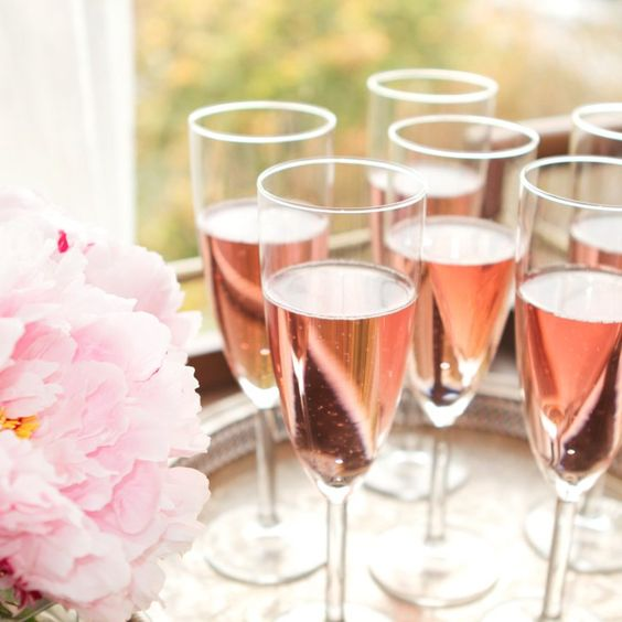 6 Affordable Sparkling Wines Perfect For Date Night