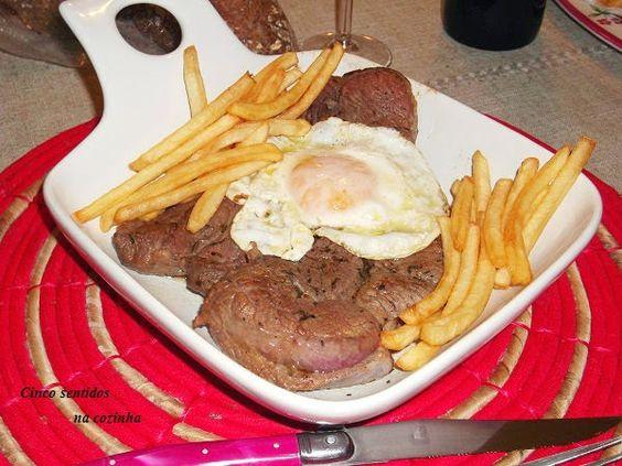 """Cinco sentidos na cozinha: Bitoque com ovo """"a cavalo"""""""