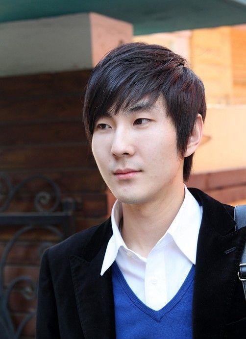 Classic Asian Haircuts For Men Asian Men Hairstyle Asian Haircut Korean Men Hairstyle
