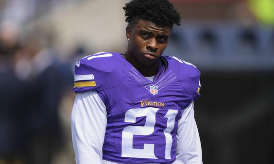 Vikings RB Jerick McKinnon could be a long-term waiver wire solution = As stated on the Fantasy Football Podcast, it's amazing to think that only about one-quarter of Adrian Peterson owners decided to handcuff the 31-year-old All-Pro running back. That failure gives owners a great opportunity to.....