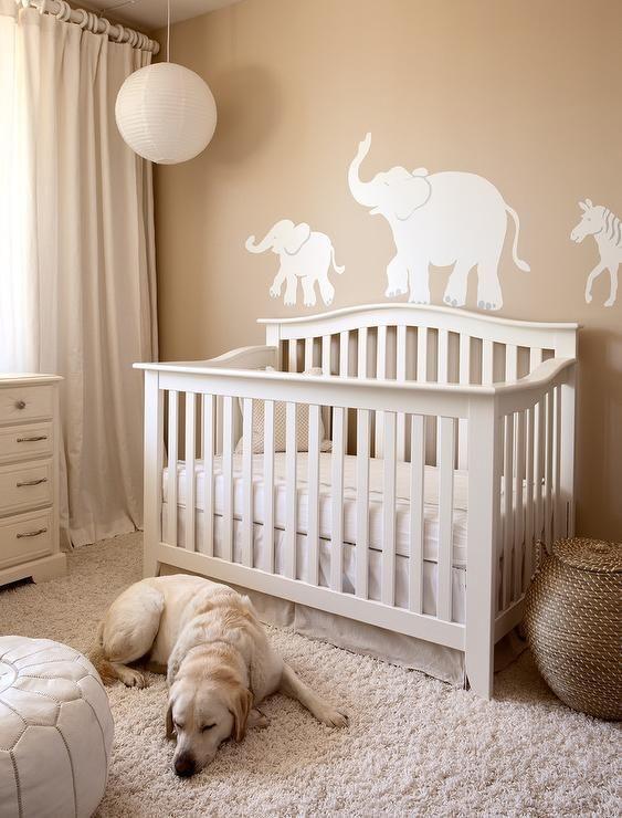 Sweet Gender Neutral Nursery Features
