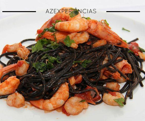 Spaghetti nero com Gambas  Espaguetis Negros con Langostinos Black Spaghetti with Prawns #pasta #foodporn