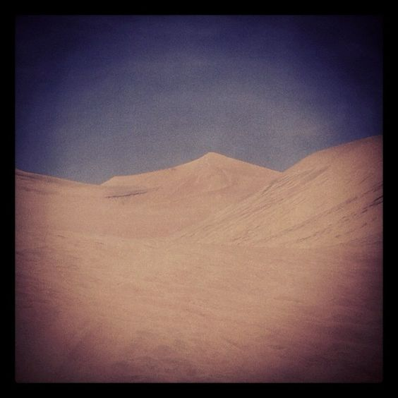 A day of #sandboarding in the lovely #peruvian #desert (via @heyzak)