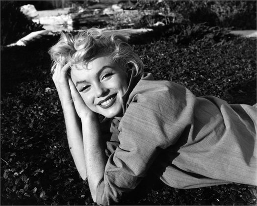Such a pretty image of Marilyn