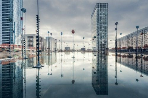 La Défense reflections by Daniel Viñé Garcia
