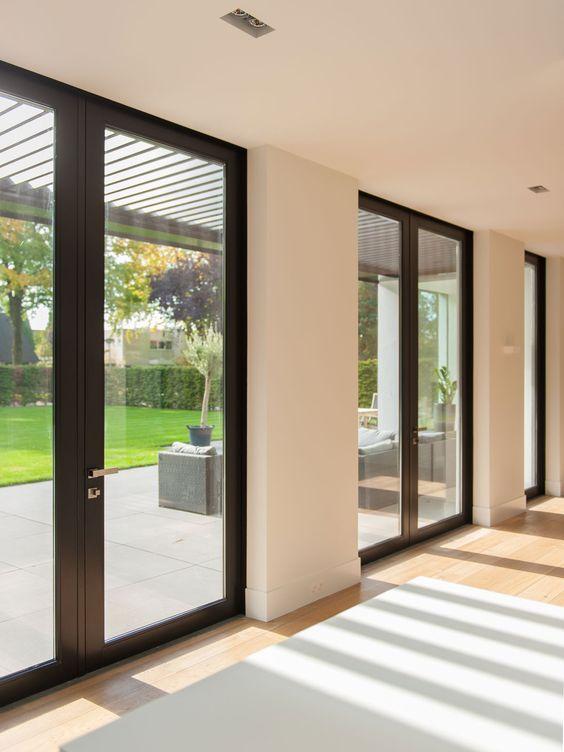 Dòng cửa kính khung nhôm với thiết kế sang trọng