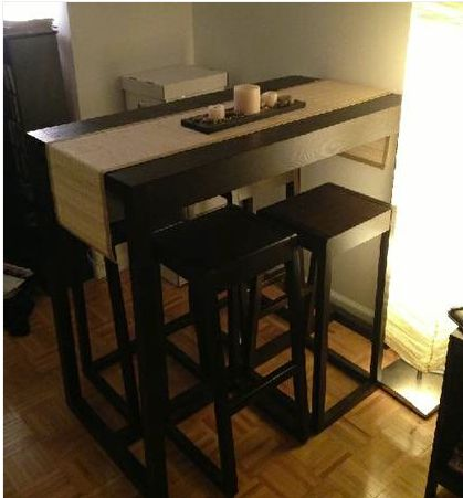Small kitchen table with stools the bk lounge for Table ideas for small kitchen