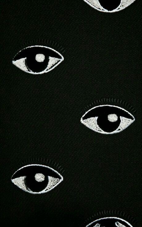"""""""Mirame a los ojos, como vez no tienen..vida."""" Jkdjakdhs Benicio *u*"""