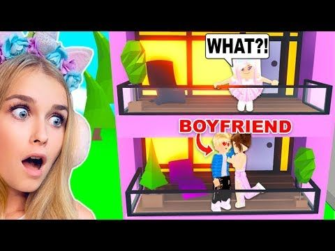 I Caught My Boyfriend Kissing Another Girl In The New Apartments In Adopt Me Roblox Youtube In 2020 Boyfriend Kissing Roblox Roblox Pictures