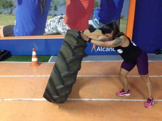 Veja como é o treinamento da fisiculturista Liliane Massari: http://www.blogbarradecereal.com.br/veja-como-e-o-treinamento-da-fisiculturista-liliane-massari/