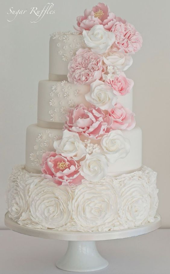 21 Simply Sweet Wedding Cakes
